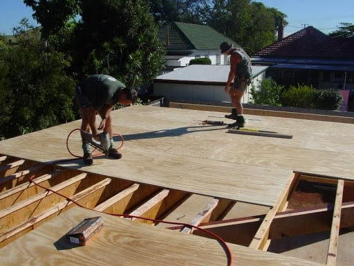flooring construction of hardwood structural pine plywood