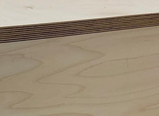 multi-ply edge detail of birch ply